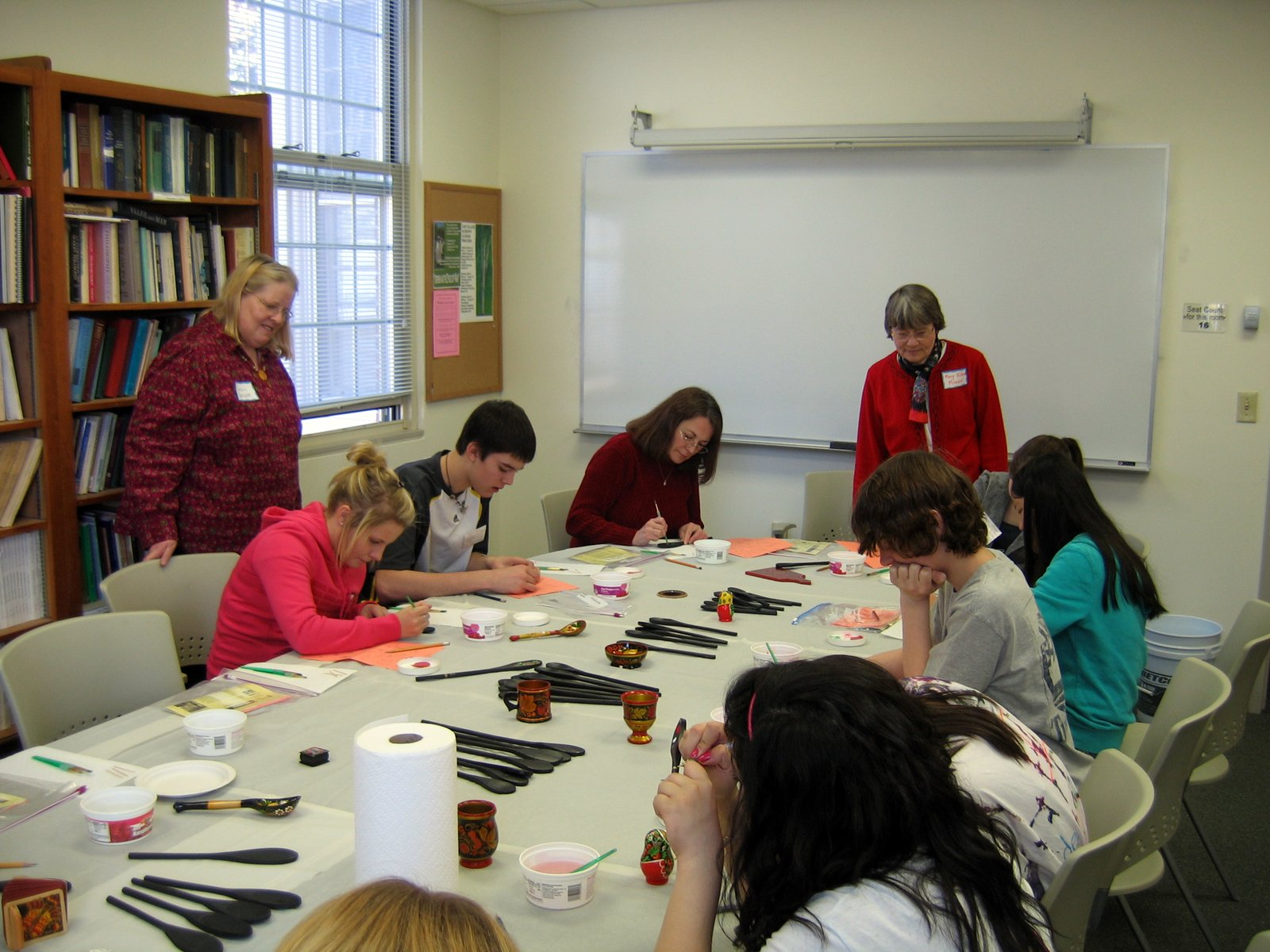 Mary Ellen Miner - Russian Spoon painting class